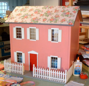 wood-doll-house